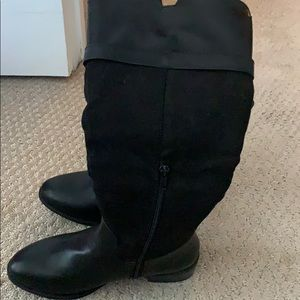 Black boots-brand new never worn